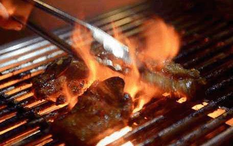戒赌后的新旅程创业卖烧烤